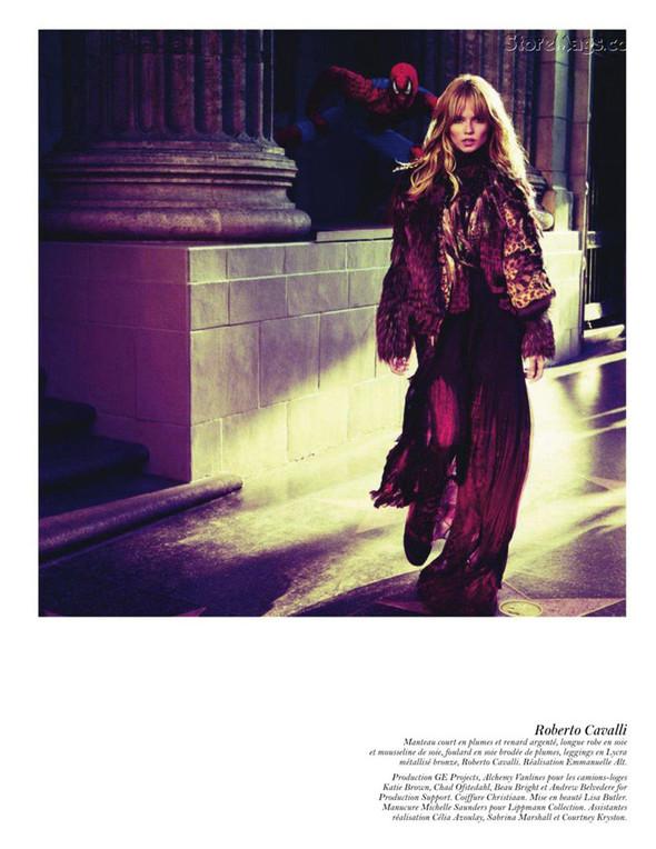 Съёмка: Аризона Мьюз, Лара Стоун, Наташа Поли и другие модели во французском Vogue. Изображение № 24.