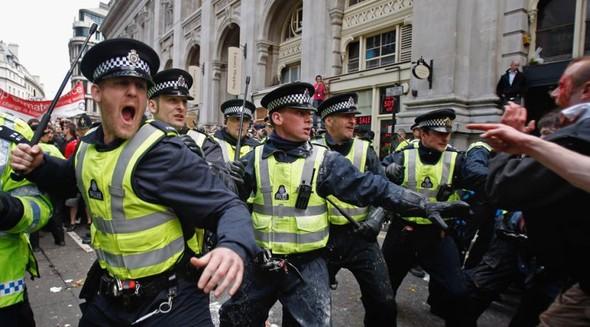 Лондон. Митинг. Изображение № 2.