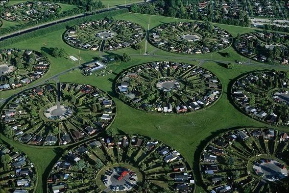 Жилые участки в пригороде Копенгагена Брондбю. Дания. Изображение № 22.