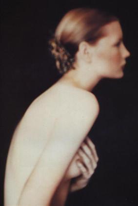 Части тела: Обнаженные женщины на фотографиях 1990-2000-х годов. Изображение №112.