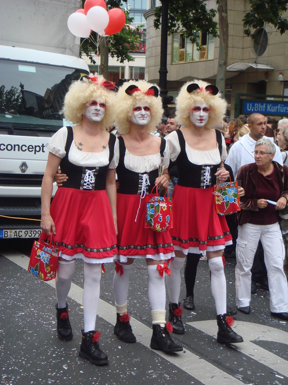 "Парад секс-меньшинств ""Cristopher Street Day"" вБерлине. Изображение № 8."