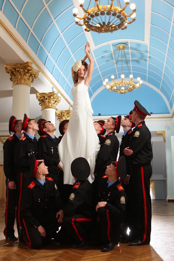 Съемка: свадебные платья. Изображение № 3.
