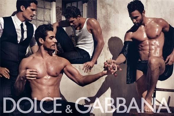 Dolce & Gabbana SS 2010. Изображение № 2.