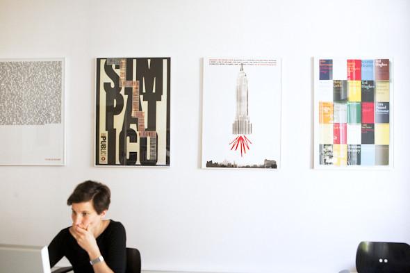 Рабочее место: Юстус Ойлер, арт-директор дизайн-студии Pentagram в Берлине. Изображение № 10.