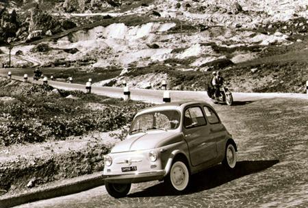 ОбИконе Италии — Fiat 500. Изображение № 1.