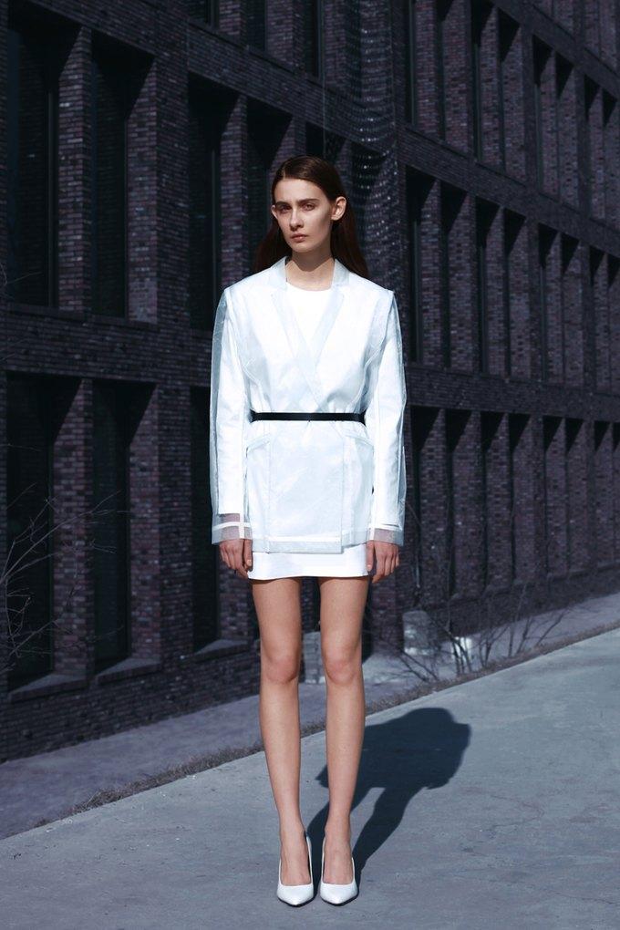 Показана новая коллекция молодого дизайнера Ольги Шурыгиной. Изображение № 11.
