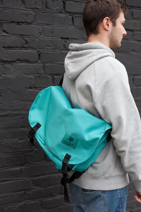 Good Local — детали / сумки и рюкзаки от Гоши Орехова. Изображение № 4.