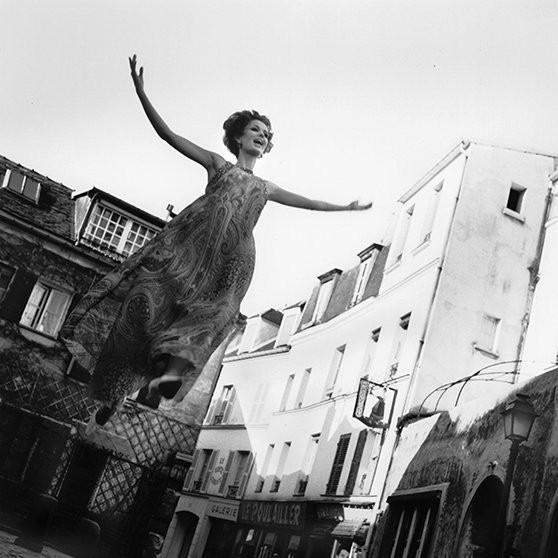 Архивная съемка: летающие модели в Harper's Bazaar, 1965. Изображение № 1.