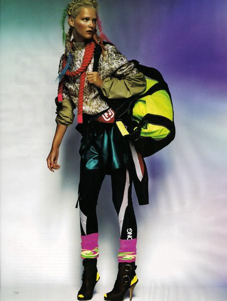 United Colors ofTestino. Vogue UK(November 2009). Изображение № 2.