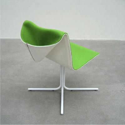 Кресло скапюшоном. Изображение № 1.