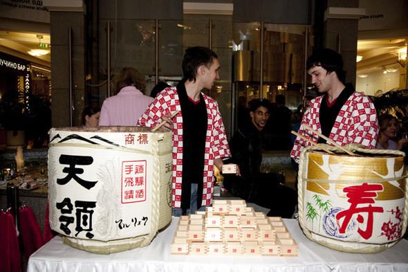 Предпродажа Uniqlo: приятного аппетита и шопинга!. Изображение № 16.