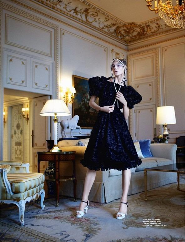 Kinga Rajzak by John-Paul Pietrus in Chanel for Harpers Bazaar. Изображение № 9.