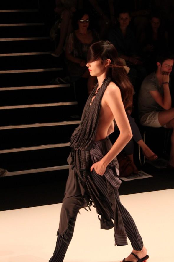 Показ A.F.Vandevorst на Неделе моды в Берлине. Изображение № 2.