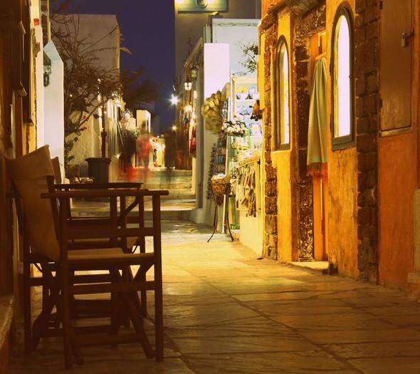 Санторини: Боги, вино и закаты. Изображение № 40.
