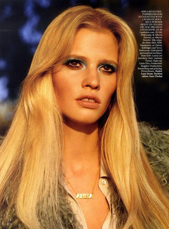 Лара Стоун в Vogue UK. Изображение № 1.