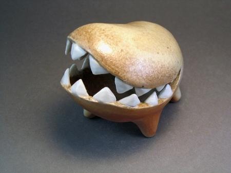 EvaFunderburgh забавные керамические монстры. Изображение № 6.