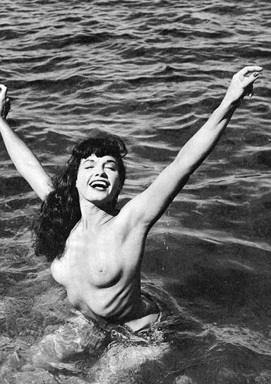 Части тела: Обнаженные женщины на фотографиях 50-60х годов. Изображение № 37.