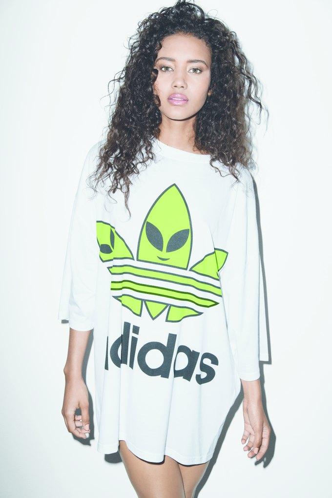 Джереми Скотт и Adidas показали совместную коллекцию. Изображение № 17.