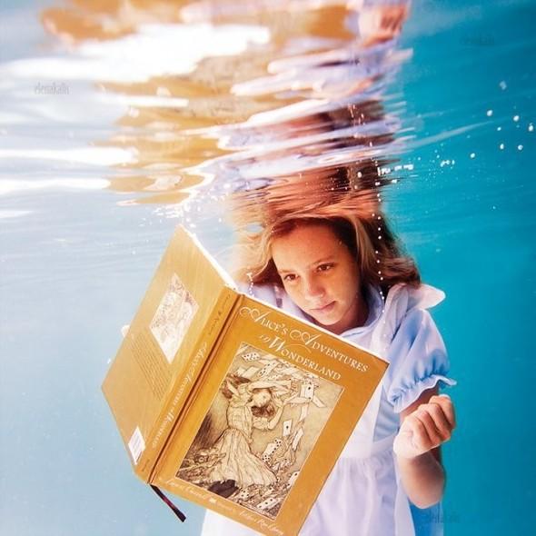 Алиса под водой. Изображение № 2.