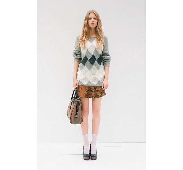 Женские лукбуки: Lauren Moffatt, Zara TRF и Urban Outfitters. Изображение № 25.
