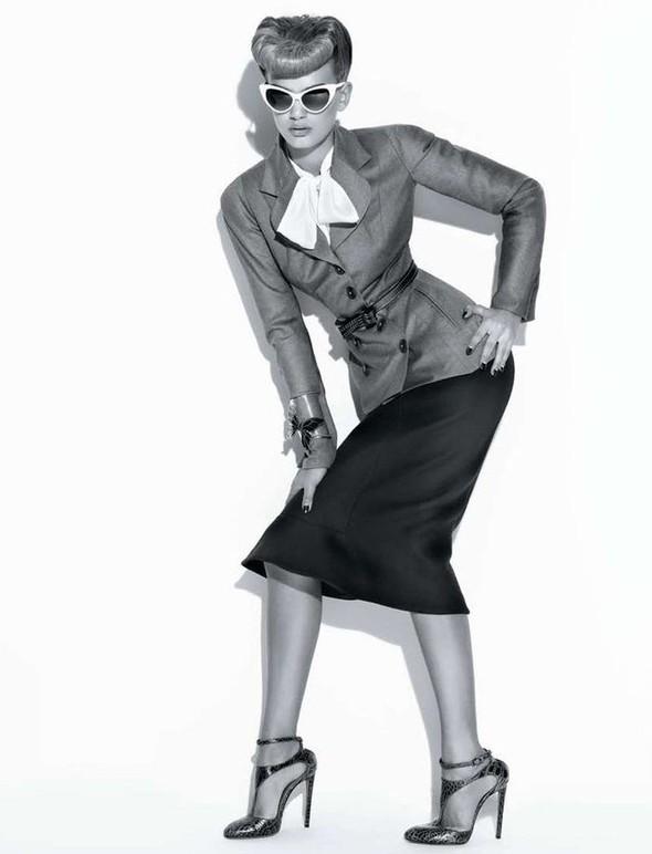 Съёмка: Брегье Хейнен для L'Officiel. Изображение № 10.