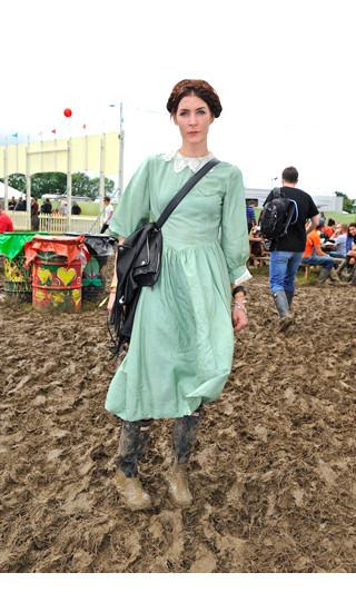 Изображение 29. Уличный стиль на фестивале Glastonbury.. Изображение № 29.