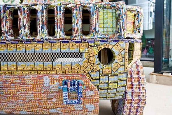 """""""Дом мечты"""", сделанный из 70000 лотерейных билетов. Изображение № 10."""