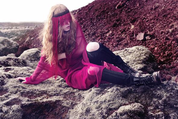 Icelandic fashion photographer Saga Sigurdardottir. Изображение № 6.