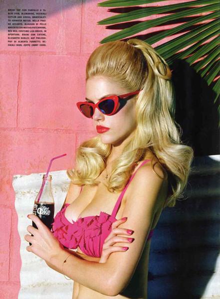 Съёмка для итальянского Vogue, май 2011. Изображение № 48.