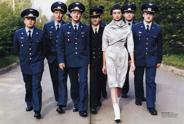 Космос рядом: модные съемки к выходу фильма «Прометей». Изображение №27.
