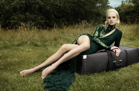 Съёмка: Наталья Водянова для Vogue. Изображение № 1.