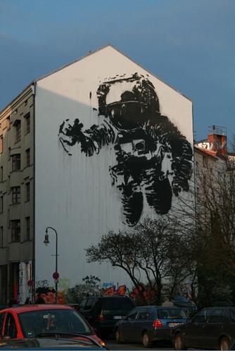 Изображение 8. Берлин: музыкальные фестивали, граффити, места.. Изображение № 11.