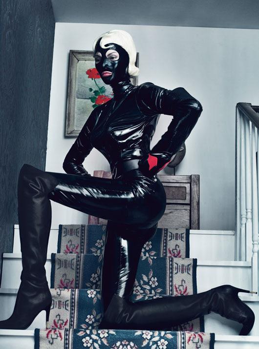 Новые съемки из Dazed & Confused, Love и Vogue. Изображение № 73.