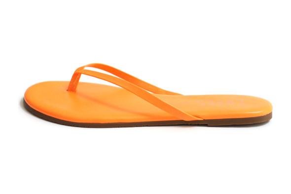 Новости ЦУМа: Новая коллекция обуви Tkees. Изображение № 4.