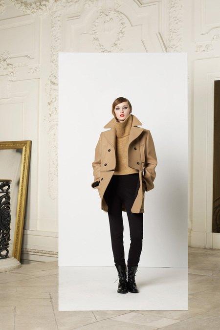Вышли предосенние коллекции Givenchy, Celine, Chloe и других марок. Изображение № 22.