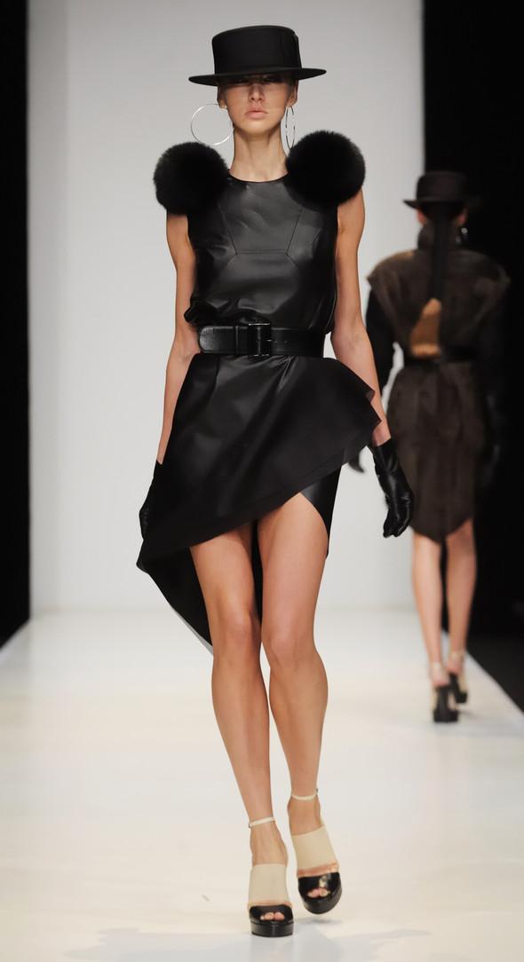 Mercedes-Benz Fashion Week Russia. День третий. Изображение № 6.