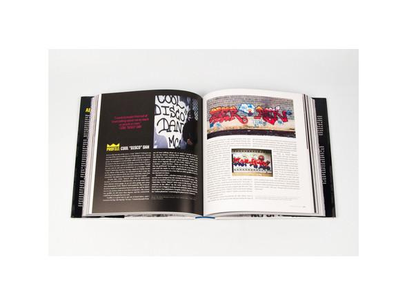 Не ждали: 8 альбомов о стрит-арте. Изображение № 96.