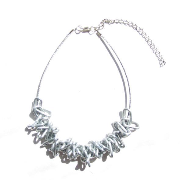Ожерелья из цепей гаек и сантехнического шнура. Часть1. Изображение № 13.
