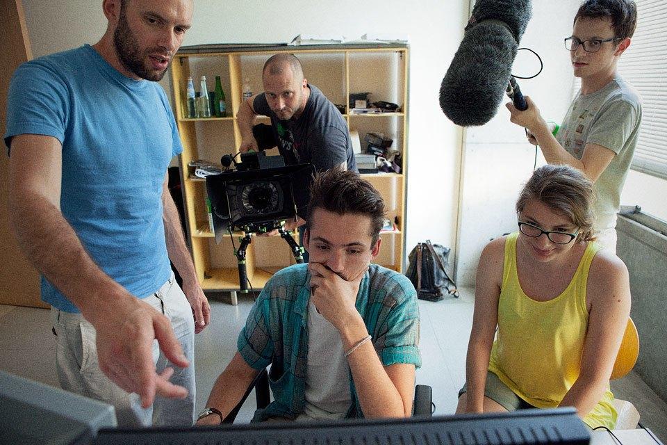 Команда, занимающаяся видео. Изображение № 16.