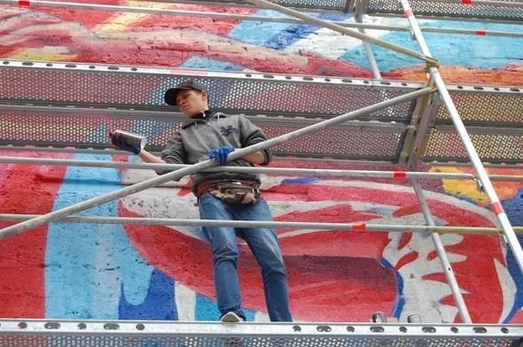 Изображение 3. Граффитчики Pepsi освежили спортплощадку в Одессе.. Изображение № 3.