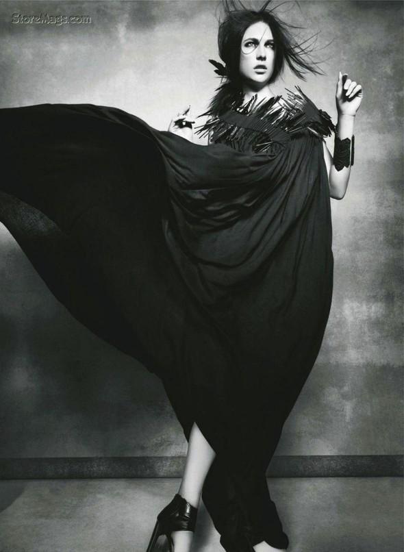 Съёмка: Жаклин Яблонски для Harper's Bazaar. Изображение № 5.