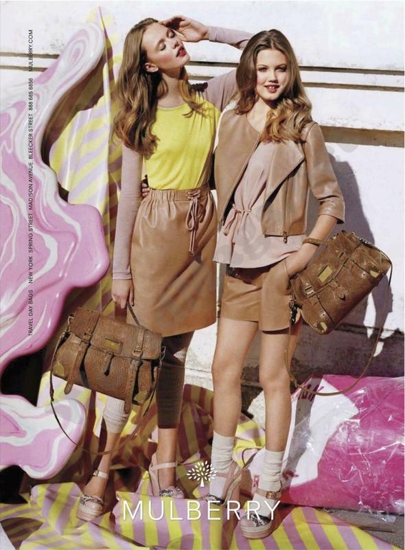 Превью кампаний: Mulberry, Versace, Balenciaga и другие. Изображение № 1.