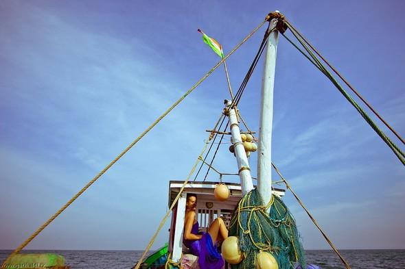 Shrimp boat MFR 646 DF GOA - Non stop. Изображение № 7.
