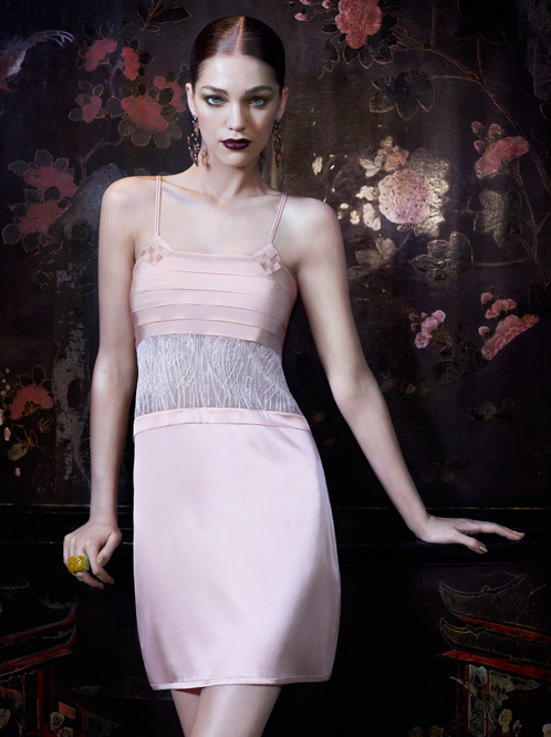 Лукбук осенне-зимней кампании бренда нижнего белья La Perla. Изображение № 16.