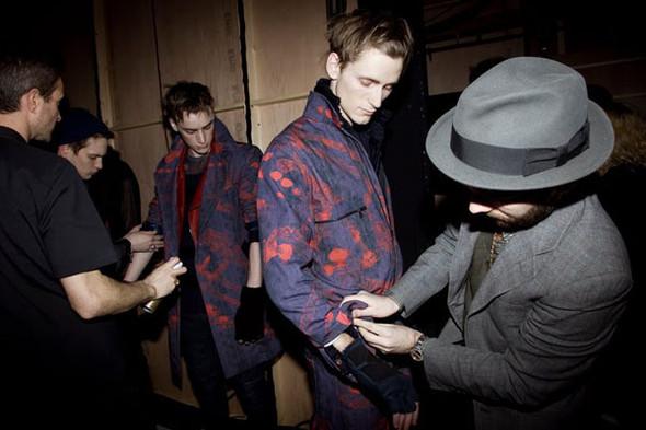 Бэкстейдж Лондонской недели моды. Изображение № 19.