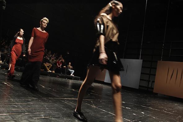 Изображение 36. Serguei Teplov FW 2011: защитные цвета и Depeche Mode в качестве саундтрека.. Изображение № 25.
