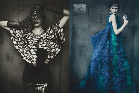 Съемка: Фрида Густавссон, Жак Ягачак и Кристина Салинович для Vogue. Изображение № 5.