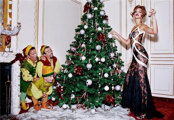 Архивная съёмка: Рождественская съёмка Эллен фон Унверт для Numero, 2004. Изображение № 5.