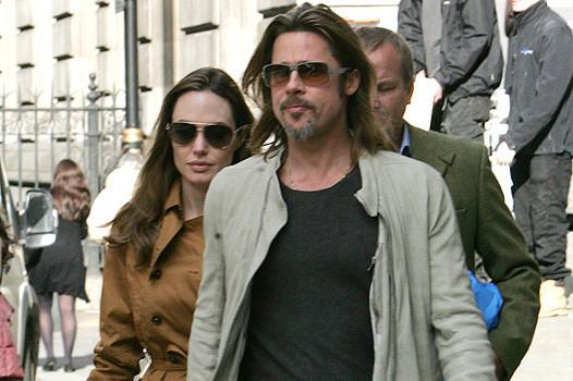 Анджелина Джоли и Брэд Питт приобщаются к культуре. Изображение № 1.