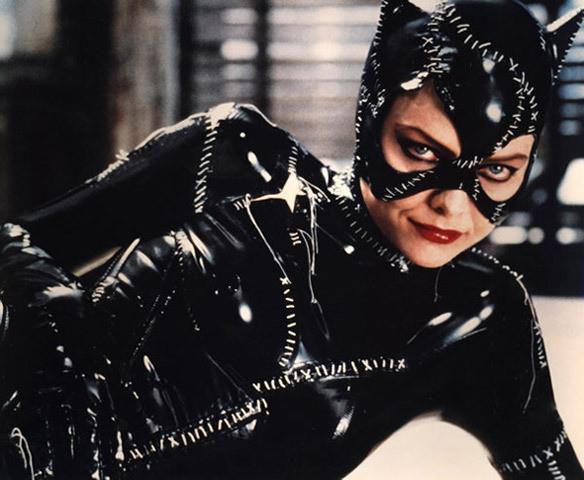 Актриса Мишель Пфайффер в образе Женщины-кошки. Изображение № 7.